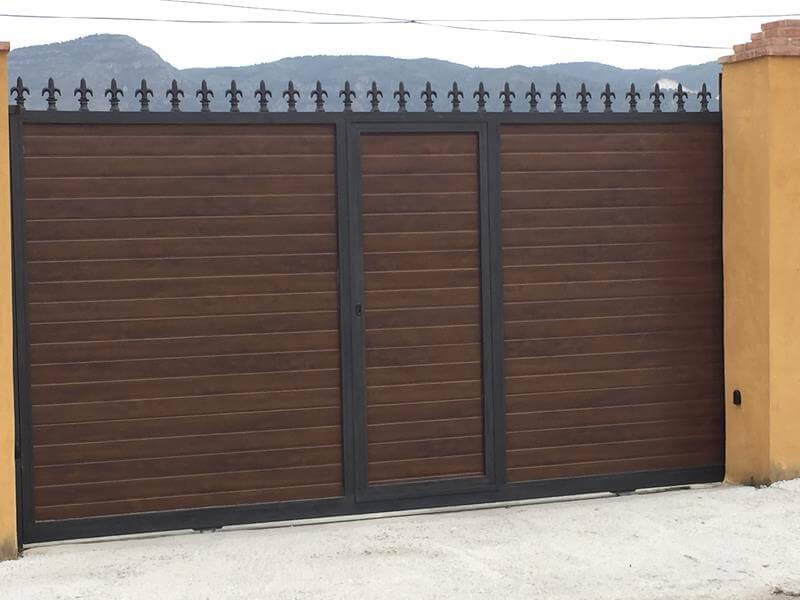 Puertas de cancela malaga batimat sl - Puertas de garaje malaga ...