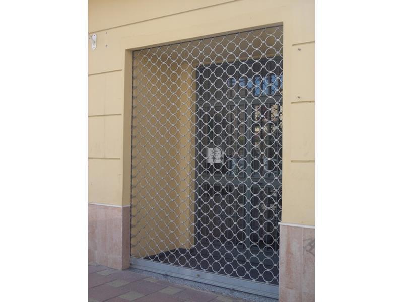 Puertas enrollables de acero malaga batimat sl - Puertas de garaje malaga ...