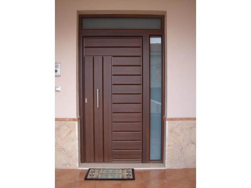 Puertas de entrada a viviendas malaga batimat sl for Puertas para vivienda
