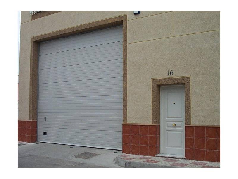 puertas metalicas seccionales m laga batimat sl