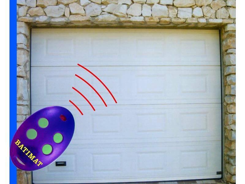 Puertas de garaje seccionales m laga batimat sl - Puertas de garaje malaga ...