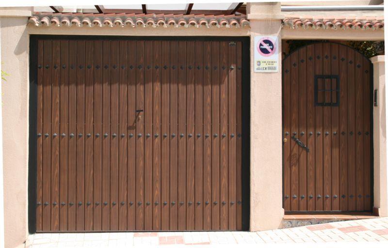 Puertas Basculantes M Laga Batimat Sl